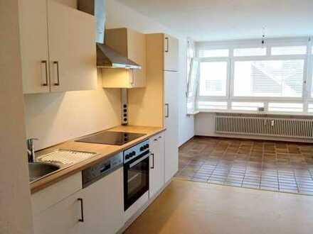 Helle und frisch renovierte 3,5-Zimmer-Wohnung mit Einbauküche in Schopfheim