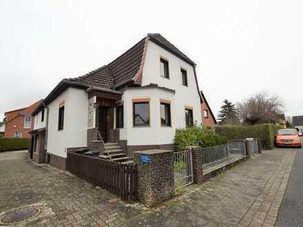 Schönes Haus mit vier Zimmern in Hannover, Misburg-Nord