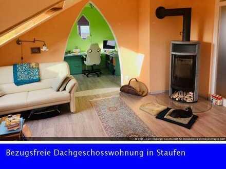 Bezugsfreie Dachgeschosswohnung in Staufen mit Burgblick