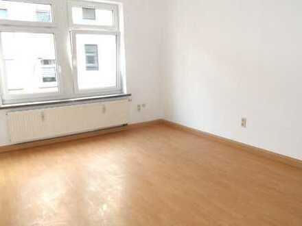 2 Zimmer Wohnung Nähe Gymnasium zu vermieten!