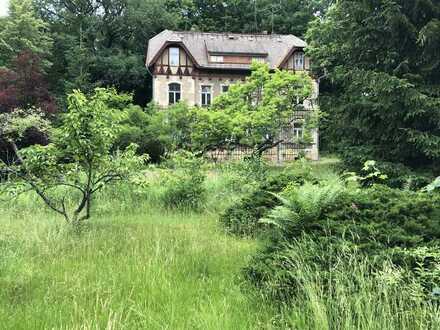 Mehrfamilienhaus in traumhafter Lage im Grünen!