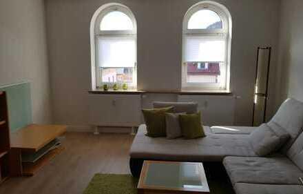 Hochwertige, komplett sanierte 3-ZI.-Wohnung zentral in Sonneberg, 90m², teilmöbliert.