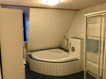 1 freies WG-Zimmer in 3er WG in Waldenserhaus