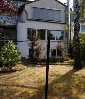 3 Zimmer - / Maisonettewohnung im Grünen (auch für 2er WG geeignet)