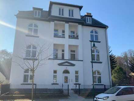Frisch renovierte 2 Zimmer Altbau-Wohnung mit Balkon in Zepernick