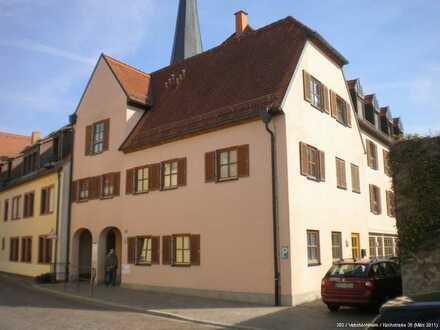 Kleine 2-Zimmer-Wohnung im Herzen von Veitshöchheim