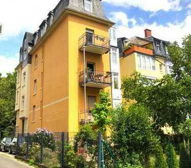 Wunderschöner 4- Zimmer Stilaltbau mit Balkon, Küche, Stellplatz, Gartennutzung