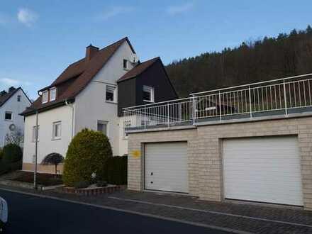 Gepflegtes, teilmodernisiertes Wohnhaus in Südhanglage zu verkaufen