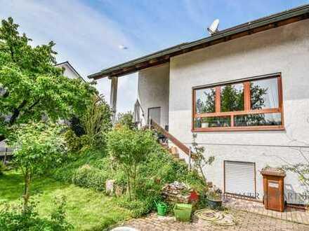 Gepflegtes 1-2 Familienhaus mit idyllischem Garten in ruhiger Wohnlage