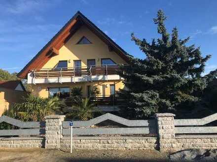 Neuwertige 4-Zimmer-Wohnung in gehobener Ausstattung in Grünewalde