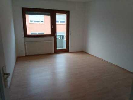 Helle, freundliche frisch renovierte 1-Zimmer-Wohnung im Zentrum von Pforzheim