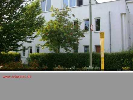 attraktives Dachgeschoss in idyllischer Stadtrandlage, WB, EBK,Frei ab 12.2020