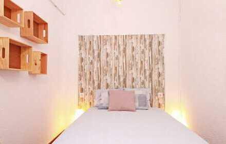 Schönes, 18qm großes Zimmer in einer 3 Zimmer Wohnung