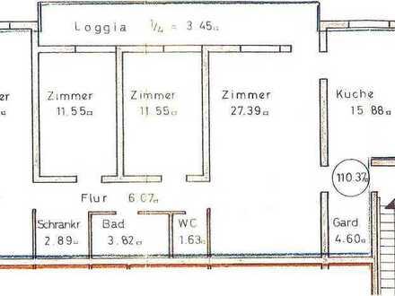 Erstbezug nach Sanierung: stilvolle 5-Zimmer-Wohnung mit Einbauküche und Balkon in Pfullingen