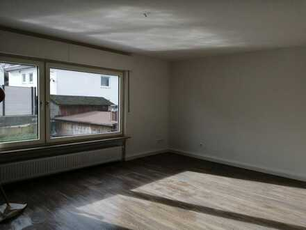 Neu renovierte 3 ZKB-Wohnung