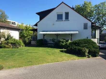 Schönes und gepflegtes 4-Zimmer-Einfamilienhaus zur Miete in Griesheim, Griesheim