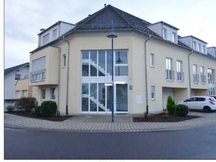 Moderne 3-Zimmer-Wohnung in Karlsdorf
