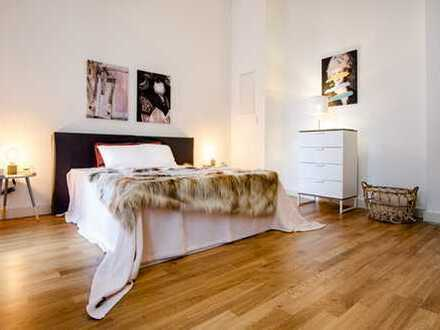 Luxuriöse Single oder Pärchenwohnung mit Loftcharakter...