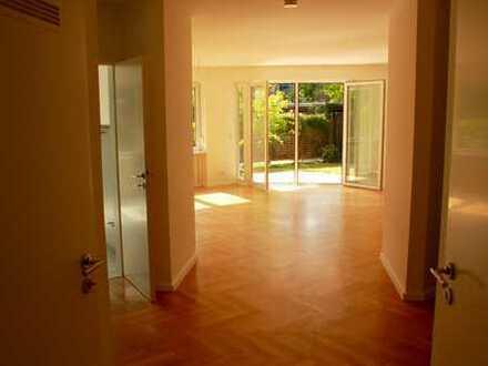 Moderne 3-Zimmer-Wohnung in kleiner Stadtvilla und grüner Lage von Oberneuland