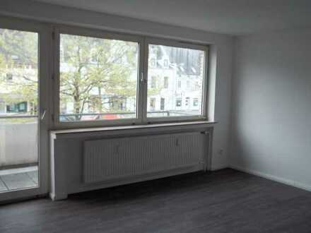 Großzügige renovierte 5 ZKB Wohnung im Norden der Stadt