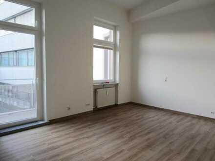 Helles, freundliches Büro mit 22m² in ruhiger Bürogemeinschaft....