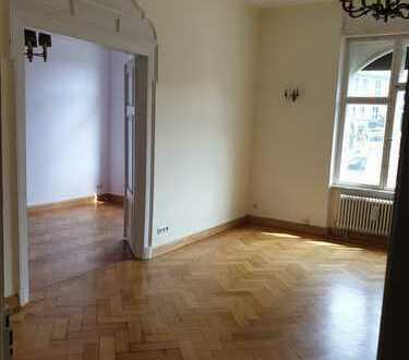 Sanierte 7-Zimmer-Hochparterre-Wohnung miteigenen Garten in Bamberg