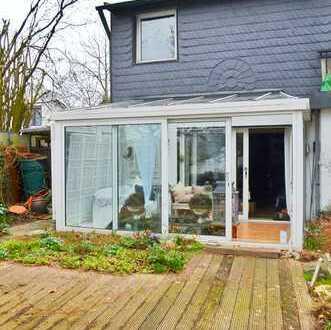 Fast wie eine kleine DHH: 3 ZKB (ca. 120m²) mit Kamin, eigenem Garten & Garage in Mettmann