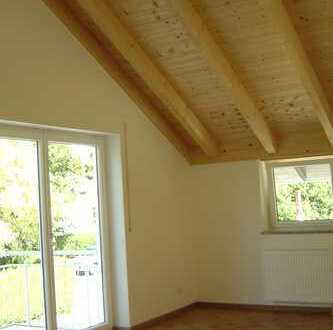 Modernisierte 2-Zimmer-DG-Wohnung mit Balkon in Bad Aibling