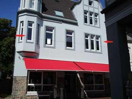 3 Zimmer Altbauwohnung komplett modernisiert - mitten in der Stadt zu vermieten