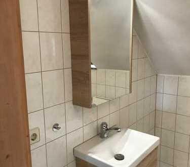 Crimmitschau-Villa als 3-Fam-.Haus, mit Gäste-WC und Badmöbel