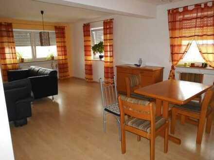 Stilvolle, helle 4 Zimmer Wohnung mit Balkon in Lenting ab 01.08.19 von privat