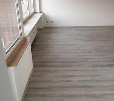 Vollständig renovierte 2-Zimmer-Wohnung mit Balkon in Neuss