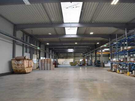 Neuwertige Gewerbehalle im Industriegebiet Karlsbad-Ittersbach - in Absprache frei!