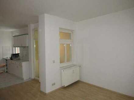 Wohnen an der Ostsee in Barth -ruhige 1-Zimmerwohnung mit Balkon und EBK im netten Altbau!