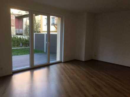 Häuschen zu vermieten - 4 Zimmer über 2 Etagen, Terrasse & Garten!