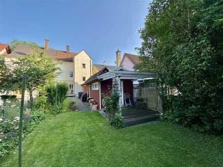 Doppelhaushälfte mit wunderbarem Gartengrundstück im Herzen Memmingens