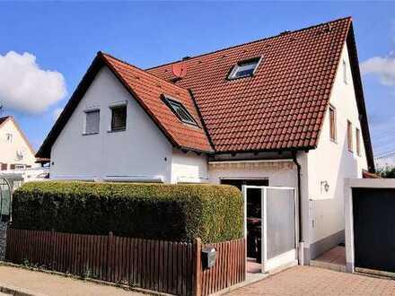 DHH mit kl. Garten und unglaublich viel Platz zum Wohnen in Welden - Hanglage +++