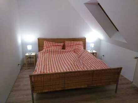Sanierte 2-Zimmer-Dachgeschosswohnung mit EBK in Bad Rothenfelde