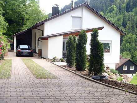 Wohnhaus in exponierter Lage