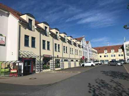 Renovierte 2-Raum-Maisonette-Wohnung mit Balkon