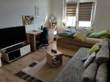 nicht nur ein Zimmer - eine halbe Wohnung nähe Hochschule