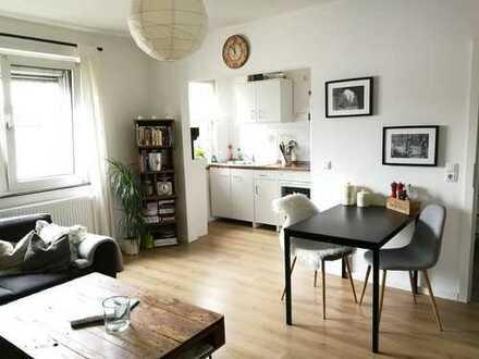 Schöne - helle - 3-Zimmer-Wohnung mit EBK in zentrumsnaher Lage