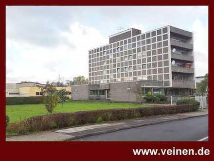 Büroimmobilie mit Entwicklungspotential - Büro / Halle / Wohnen / Grundstück