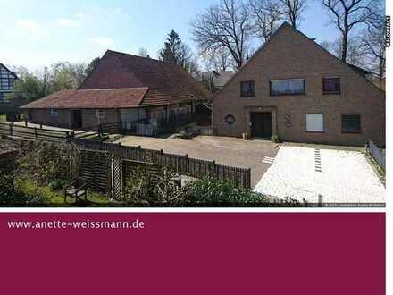 ***Reserviert***Resthof mit großer Scheune und Einliegerwohnung, ideal für Pferdeliebhaber!