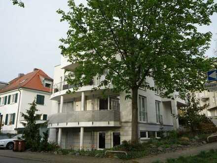 Attraktive Wohnung mit zwei Zimmern zentral Weinheim