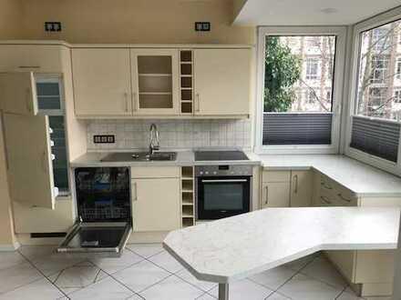 Geräumige Wohnung mit großem Balkon und Einbauküche am Beutlerpark!