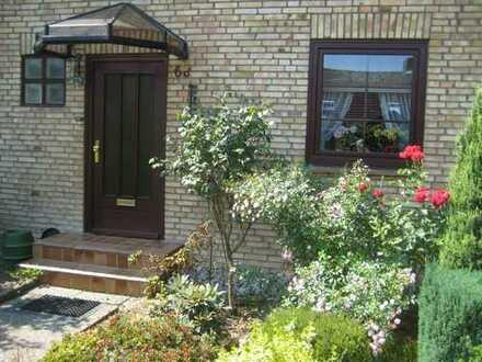 Schönes Haus mit 3,5 Zimmern und Garten in Kiel, Pries