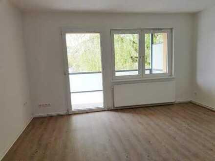 Sanierte 3 Zi.-Wohnung nahe dem Flötenteich mit großem Balkon