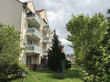 Gartenwohnung mit Terrasse / Eigennutz möglich