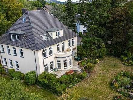 Altbauvilla in Hiddenhausen - Wer die Ursprünglichkeit sucht, ist hier zu Hause